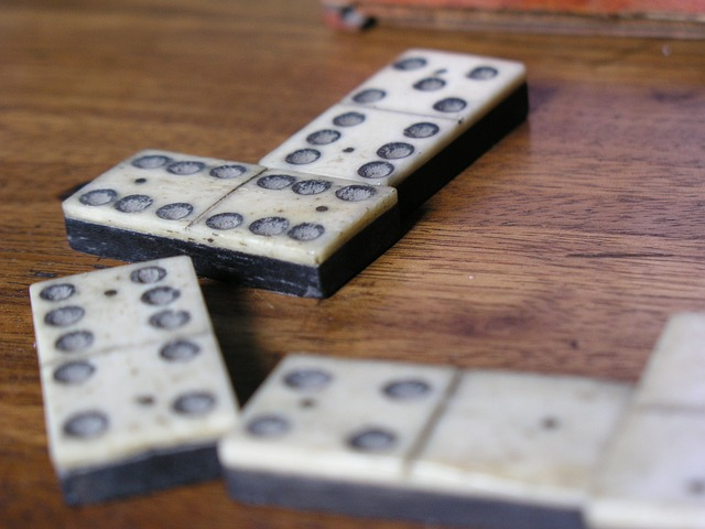 История игры домино