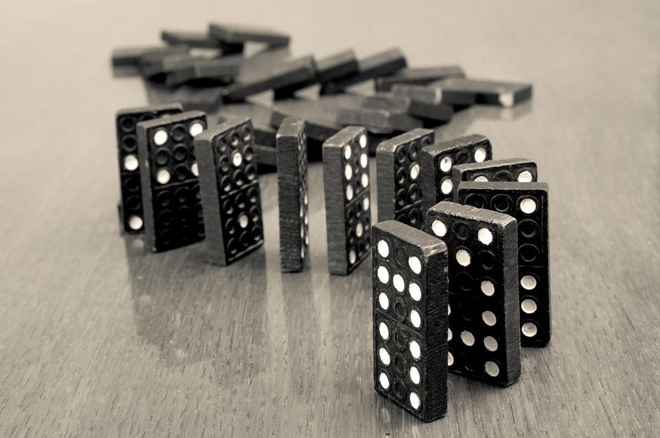 Как выиграть в игре домино